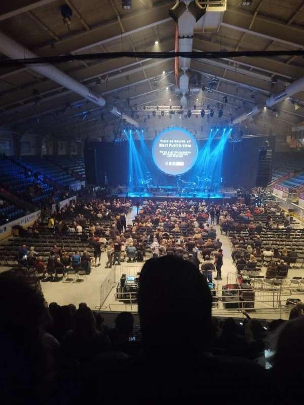 1st Summit Arena, secção: 20, fila: N, lugar: 14