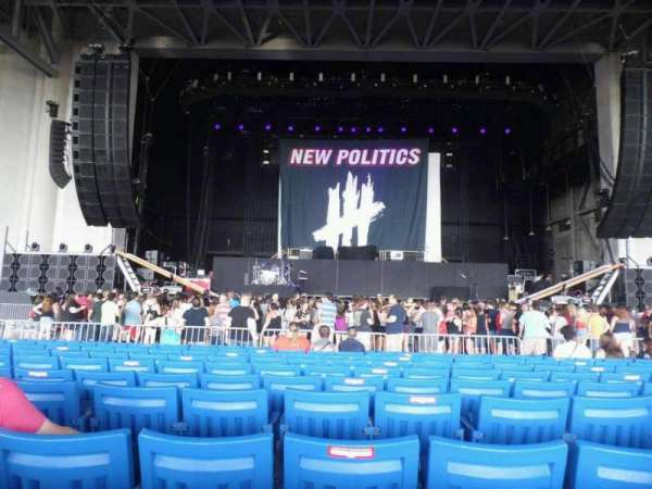 PNC Music Pavilion, secção: 2, fila: R, lugar: 23