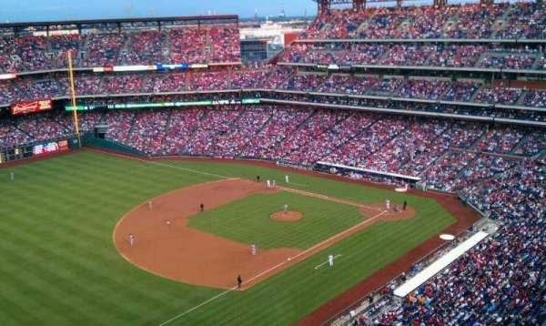 Citizens Bank Park, secção: 431, fila: 12, lugar: 18