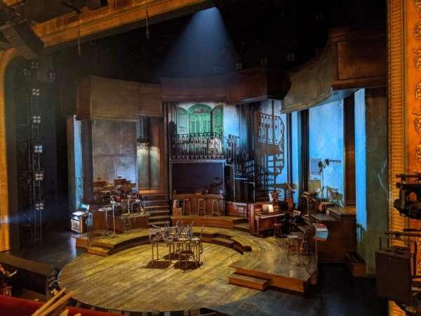 Walter Kerr Theatre, secção: Mezzanine R, fila: A, lugar: 10