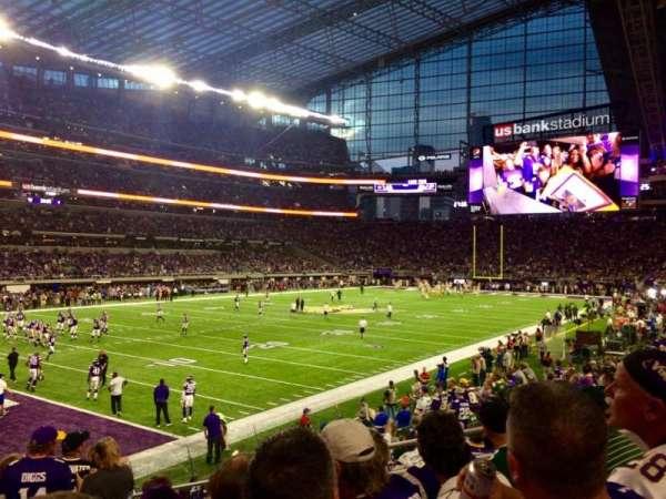 U.S. Bank Stadium, secção: 114, fila: 12, lugar: 7
