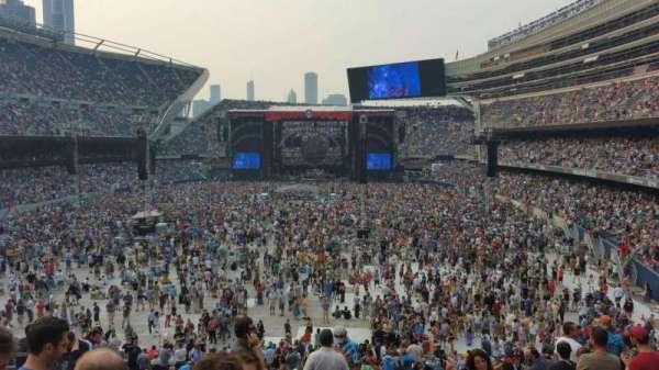 Soldier Field, secção: 221, fila: 11, lugar: 10