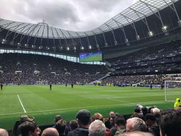Tottenham Hotspur Stadium, secção: 114, fila: 6, lugar: 413