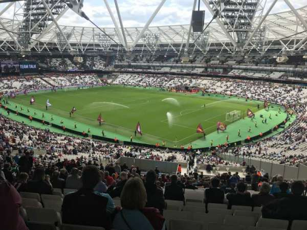 London Stadium, secção: 243, fila: 62, lugar: 127