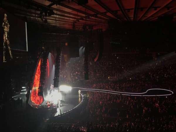 Madison Square Garden, secção: 222, fila: 4, lugar: 14
