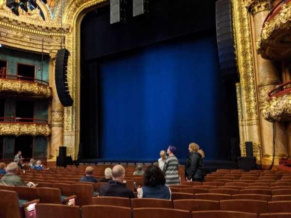 Emerson Colonial Theatre, secção: Orchestra R, fila: Q, lugar: 12