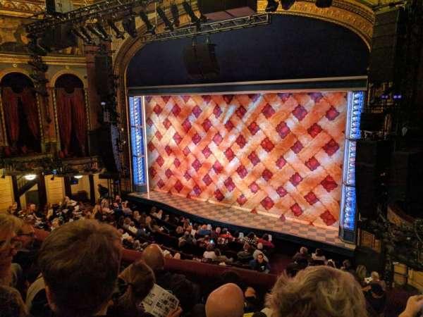 Brooks Atkinson Theatre, secção: Front Mezzanine R, fila: D, lugar: 16
