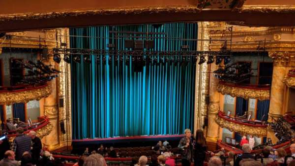 Emerson Colonial Theatre, secção: Dress Circle LC, fila: J, lugar: 109