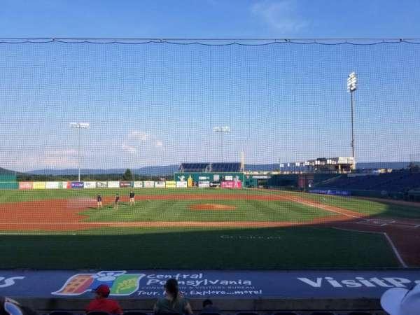 Medlar Field at Lubrano Park, secção: 102, fila: 8, lugar: 12