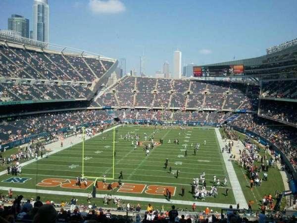 Soldier Field, secção: 321, fila: 9, lugar: 20