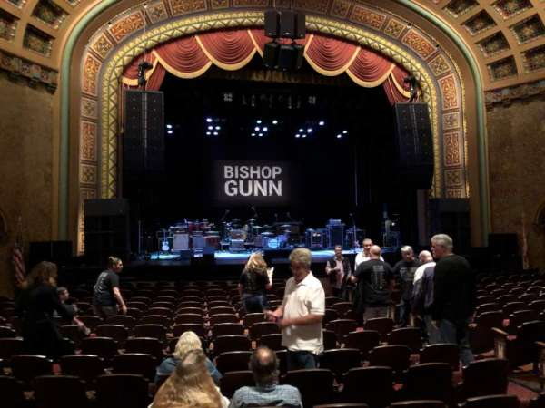 Florida Theatre, secção: 300, fila: R, lugar: 9