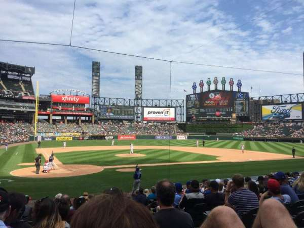Guaranteed Rate Field, secção: 129, fila: 13, lugar: 1