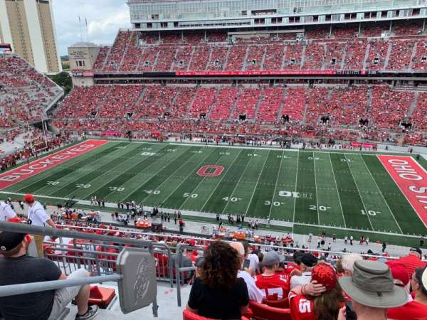 Ohio Stadium, secção: 18C, fila: 13, lugar: 34