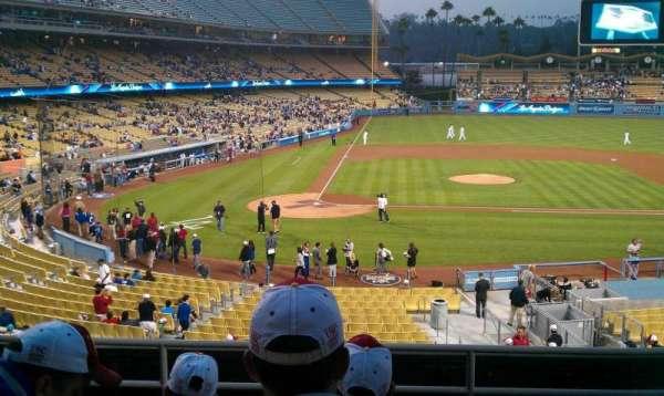 Dodger Stadium, secção: 122LG, fila: F, lugar: 5