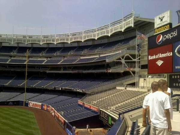 Yankee Stadium, secção: 202, fila: 24, lugar: 41
