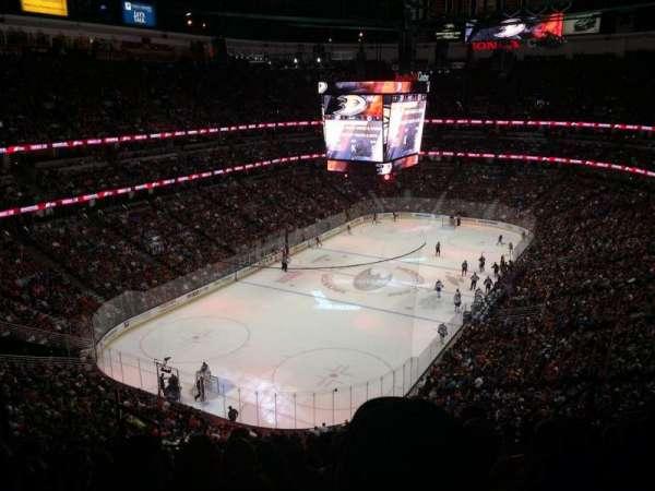 Honda Center, secção: 419, fila: K, lugar: 8