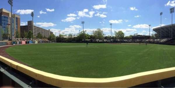 Hawkins Field, secção: n, fila: 1, lugar: 1