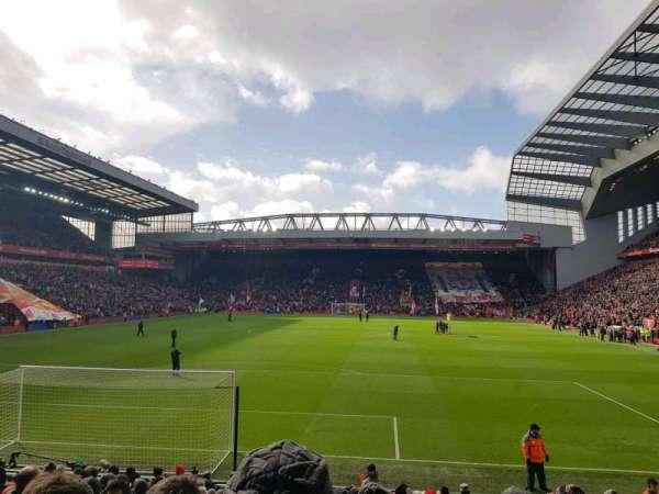 Anfield, secção: 124, fila: 18, lugar: 88