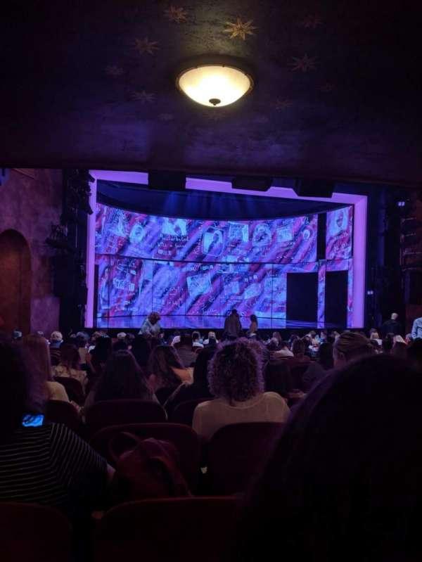 August Wilson Theatre, secção: Orchestra L, fila: T, lugar: 9