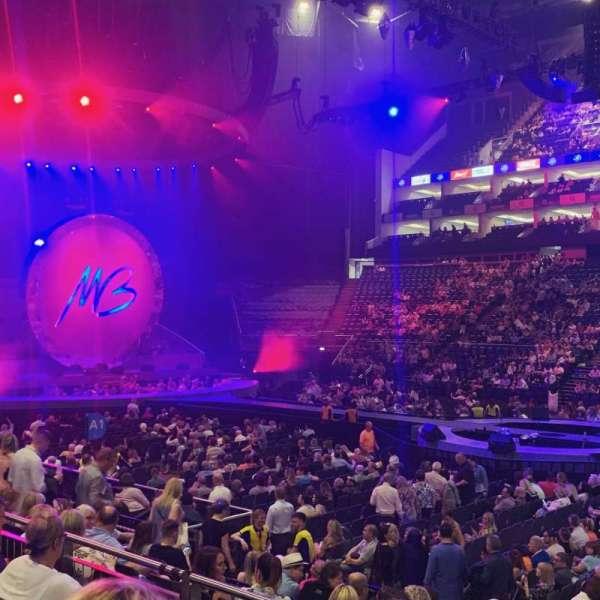 The O2 Arena, secção: 102, fila: L, lugar: 85