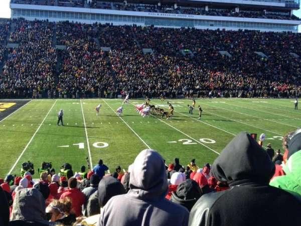 Kinnick Stadium, secção: 108, fila: 18, lugar: 21