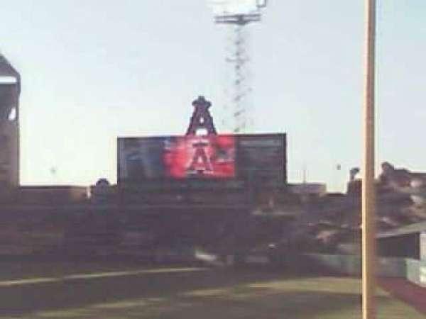 Angel Stadium, secção: 132