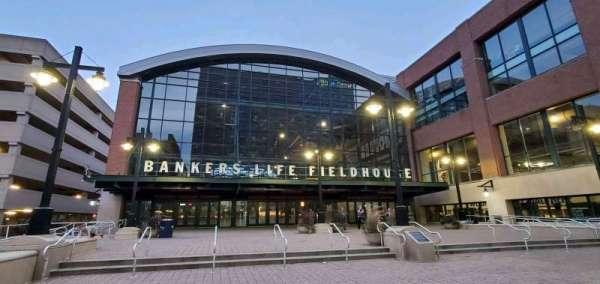Bankers Life Fieldhouse, secção: Entrance Pavilion