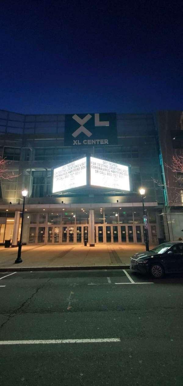 XL Center, secção: Main Entrance