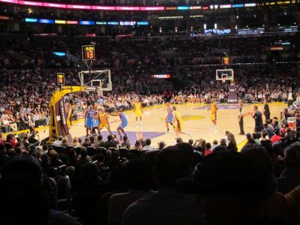 Staples Center, secção: 105, fila: 9, lugar: 9