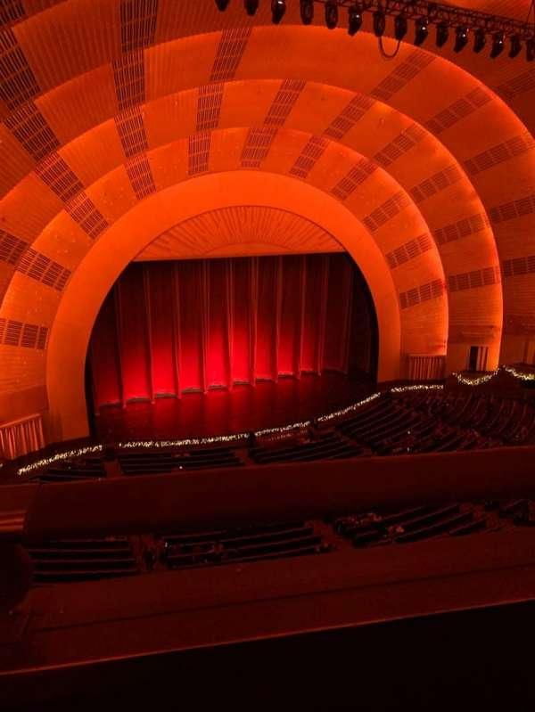 Radio City Music Hall, secção: 3rd Mezzanine 6, fila: A, lugar: 611