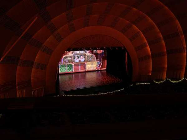 Radio City Music Hall, secção: 3rd Mezzanine 6, fila: A, lugar: 611
