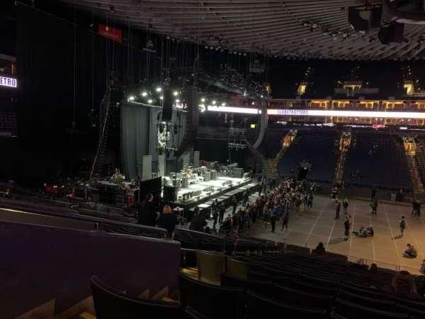 Oakland Arena, secção: 115, fila: 21, lugar: 10