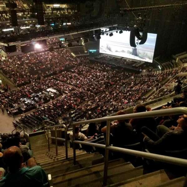 Staples Center, secção: 306, fila: 12, lugar: 1