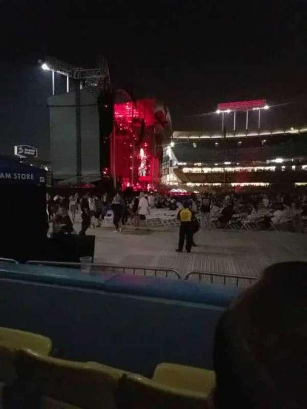 Dodger Stadium, secção: 51fd, fila: B, lugar: 5