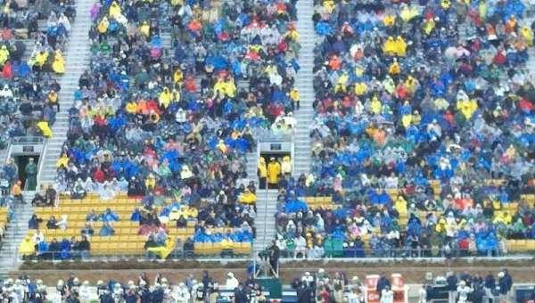 Notre Dame Stadium, secção: 10, fila: 23, lugar: 10
