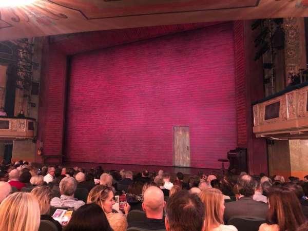 Shubert Theatre, secção: Orchestra R, fila: O, lugar: 12