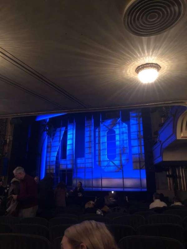 Nederlander Theatre, secção: Orchestra R, fila: O, lugar: 22