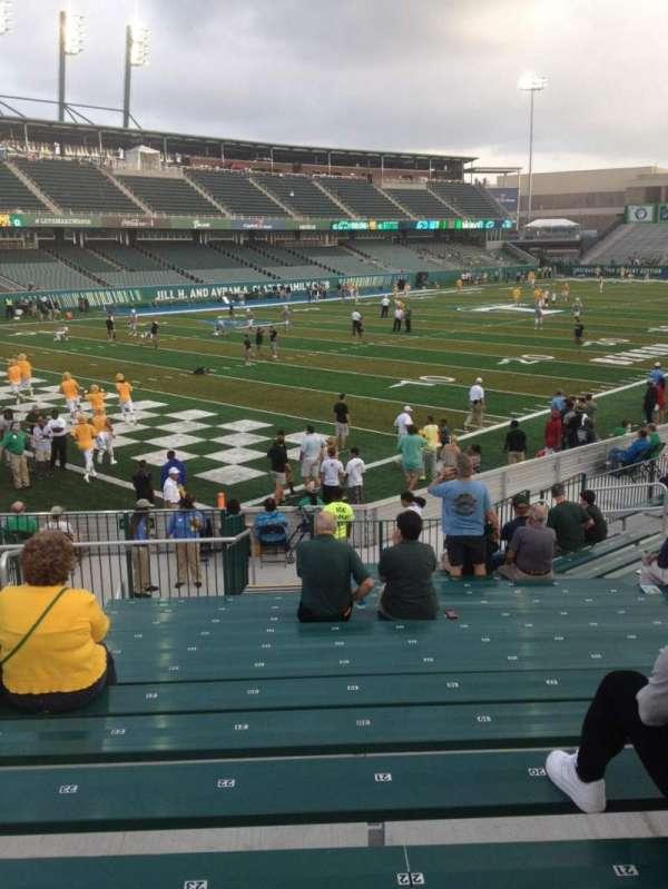 Yulman Stadium, secção: 117, fila: V, lugar: 26