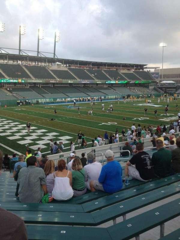 Yulman Stadium, secção: 117, fila: V, lugar: 14