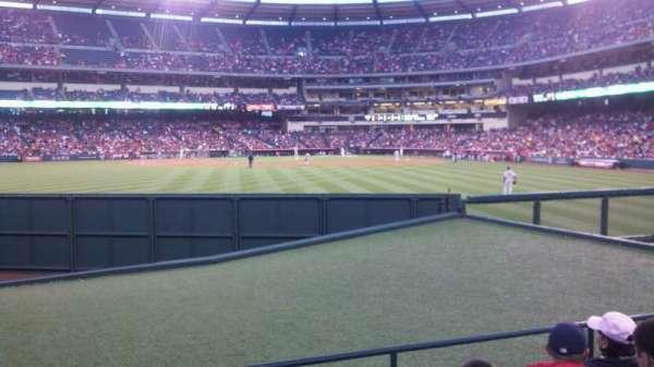 Angel Stadium, secção: P257, fila: E, lugar: 2