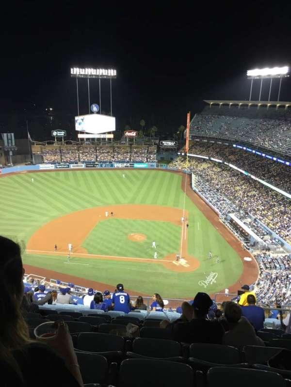 Dodger Stadium, secção: 11TD, fila: O, lugar: 6