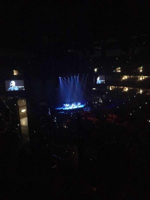 Honda Center, secção: 406, fila: F, lugar: 9