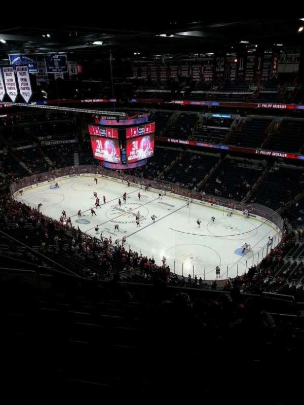 Capital One Arena, secção: 404, fila: P, lugar: 16
