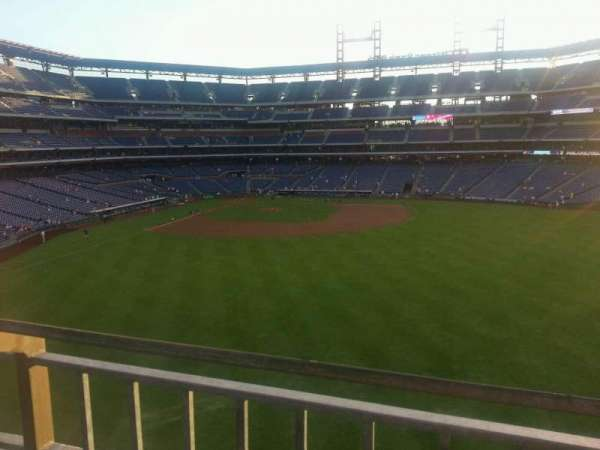 Citizens Bank Park, secção: 201, fila: 1, lugar: 24