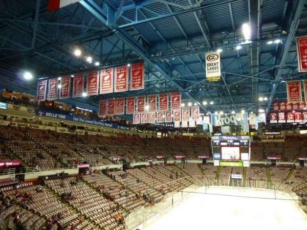 Joe Louis Arena, secção: 228, fila: 8, lugar: 7