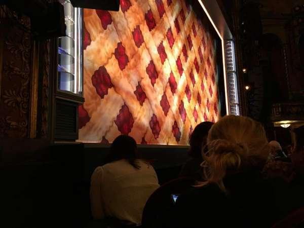 Brooks Atkinson Theatre, secção: Orchestra L, fila: C, lugar: 13