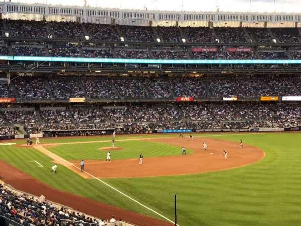 Yankee Stadium, secção: 209, fila: 10, lugar: 12
