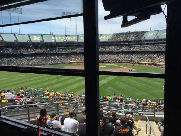 Oakland Coliseum, secção: Suite, fila: Left, lugar: Field