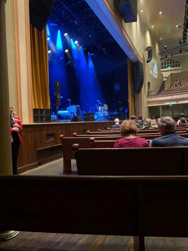 Ryman Auditorium, secção: MF-8, fila: N, lugar: 5-6