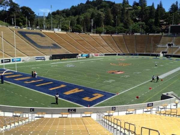 California Memorial Stadium, secção: CC, fila: 30, lugar: 6
